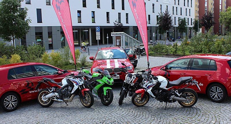 Fuhrpark, Fahrschule 1plus, Fahrschulfahrzeuge Kfz und Motorräder