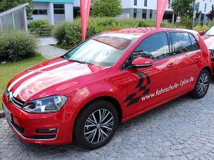 Fuhrpark - Fahrzeuge, Fahrschule 1plus, VW Golf 7 rot