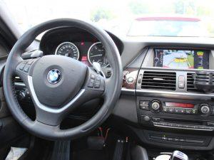 Fuhrpark - Fahrzeuge, Fahrschule 1plus, BMW X6 Cockpit